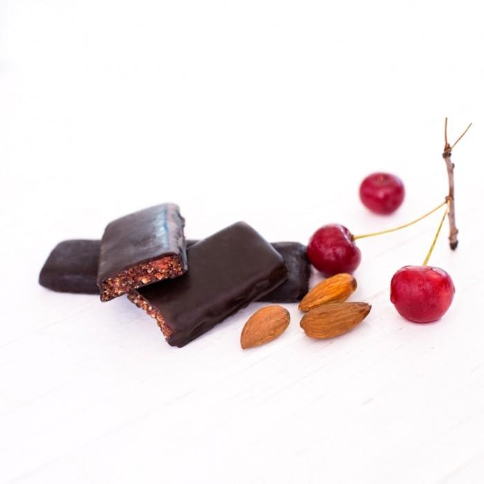 GRAB «ВИШНЯ», фруктово-горіховий батончик в шоколаді, 40г